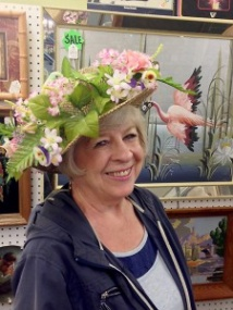 Seniors to dress for Derby Day, dance into spring